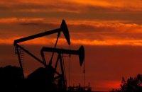 Ціна нафти вперше за півроку опустилася нижче за $50 за барель