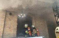 В центре Ровно горел гриль-бар, пожар тушили 23 спасателя