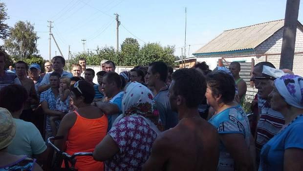 Митинг в Харьковцах