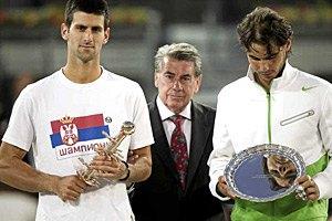 Джокович обыгрывает Надаля в третьем подряд финале