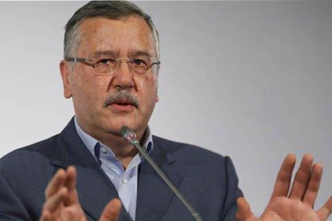 В РФ экс-министра обороны Украины Гриценко заочно осудили