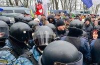 Милиция заявляет о провокациях под Святошинским судом и отсутствии заявлений потерпевших