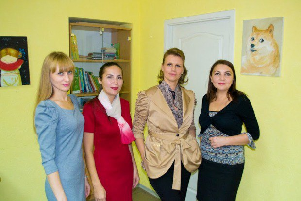 Оксана Домну (преподаватель делового этикета), Коляда, Блозовская и мама одного из учеников Елена Московина-Салистая