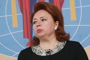 Карпачева прибыла на суд к Иващенко по просьбе его жены