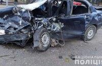 """У Миколаєві """"Lexus"""" врізався в таксі: двоє загиблих, двоє поранених"""