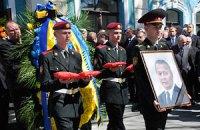"""Янукович и Азаров простились с погибшим """"регионалом"""""""