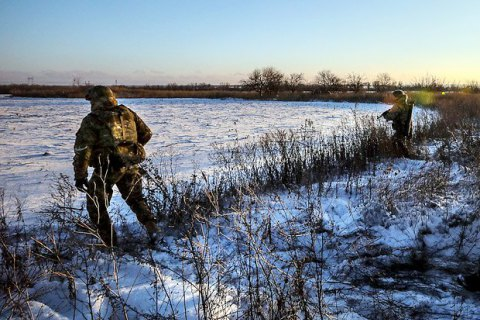 За сутки двое бойцов АТО получили ранения и семеро травмированы (обновлено)