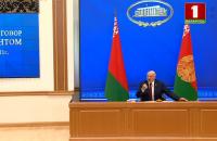 """Лукашенко заявив, що може визнати Крим російським: """"У мене руки розв'язані"""""""