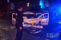 В Киеве на Сырце автомобиль полиции врезался в такси, пострадали три человека