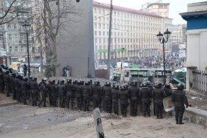 Священики призупинили протистояння на Грушевського