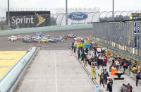 В отличие от Формулы-1 в США автогоночная серия NASCAR собирается возобновить чемпионат