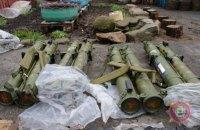 """У Бахмуті затримали двох бойовиків """"ДНР"""" зі зброєю"""