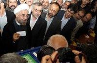 Новоизбранный президент Ирана официально принял присягу