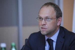 Тимошенко вимагає від суду розглядати справу без неї