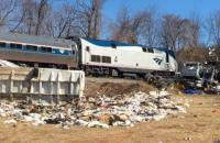 У США потяг з законодавцями-республіканцями зіткнувся зі сміттєвозом, - ЗМІ (оновлено)