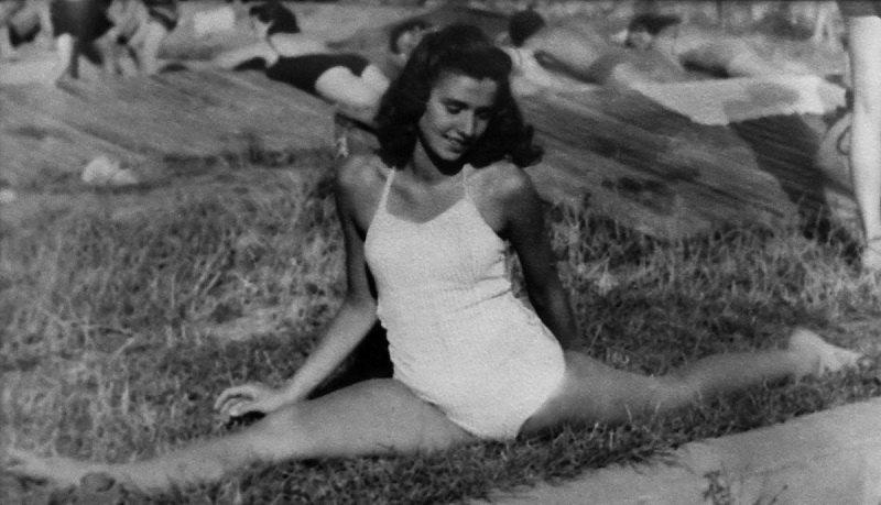 Балерина Едіт Еґер за рік до того, як її разом із родиною ув'язнили в Аушвіці