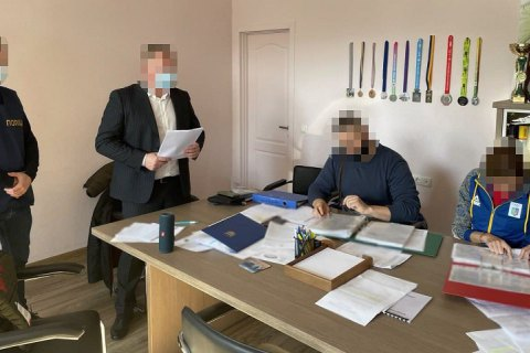 Прокуратура проводит обыски в Департаменте молодежи и спорта КГГА с одновременным вручением подозрений