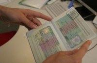 Польща щорічно видаває українцям 200 тисяч віз