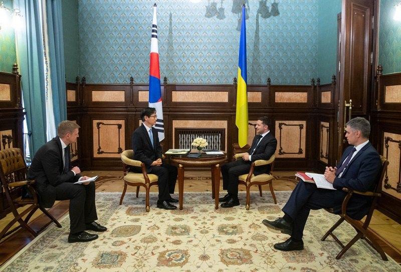 Встреча Владимира Зеленского с послом Республики Корея в Украине Квон Ки Чангом