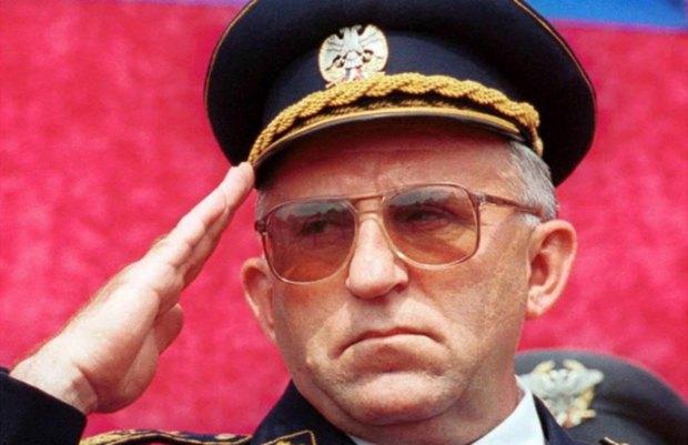 Генерал Лазаревіч відбув покарання у Гаазі за злочини проти мирного населення, тепер буде викладати у Військовій Академії Сербії