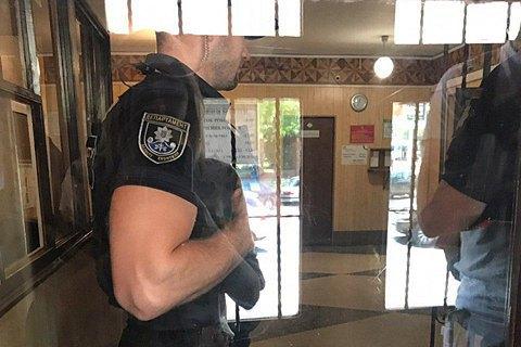 Поліція оголосила в розшук чиновників Дніпровської міськради