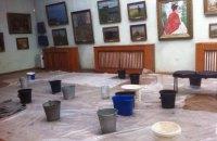 Фото дня. Зал Одеського художнього музею з роботами Реріха, Серебрякової і Кандинського