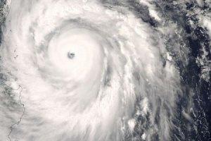 """На АЭС """"Фукусима-1"""" надвигается мощный тайфун"""