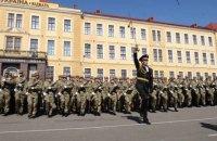 Порошенко и Турчинов поздравили военных с Днем Сухопутных войск