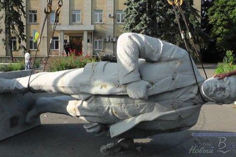 """Тука предложил """"ЛНР"""" забрать себе демонтированные памятники Ленину"""