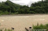 На Прикарпатті загинув хлопчик, який впав у гірську річку