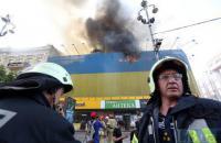 Пожар возле ЦУМа в Киеве потушили