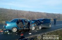 Один человек погиб, еще 7 травмированы в результате лобового столкновения в Полтавской области