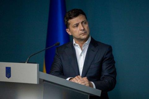 Зеленский: в сети увеличилось количество фейковых страниц Офиса президента