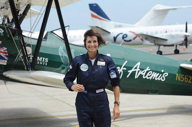 Британская летчица Трейси Кертис-Тейлор