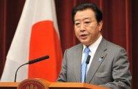 """Японский премьер посетил аварийную АЭС """"Фукусима-1"""""""