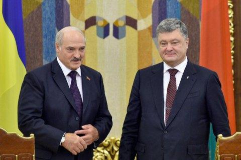 Порошенко обговорив з Лукашенком актуальні питання відносин України та Білорусі