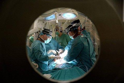 Українські нейрохірурги провели унікальну операцію на мозку, - ЗМІ