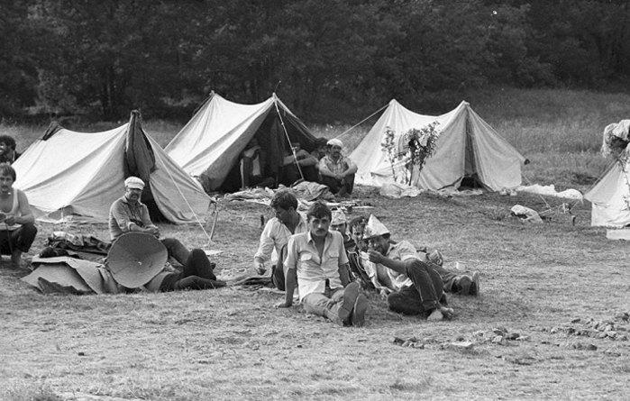 Повернення депортованих татар та їх родин на батьківщину