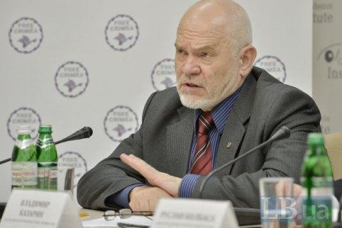 Крымский профессор рассказал о милитаризации детей на полуострове