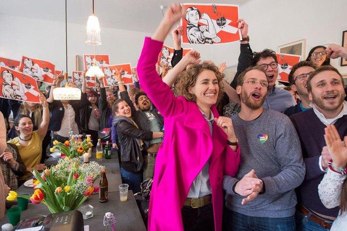 Оголошення результатів референдуму в Швейцарії , 28 лютого 2016.