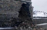 В Каменце-Подольском обрушилась часть стены Старой крепости