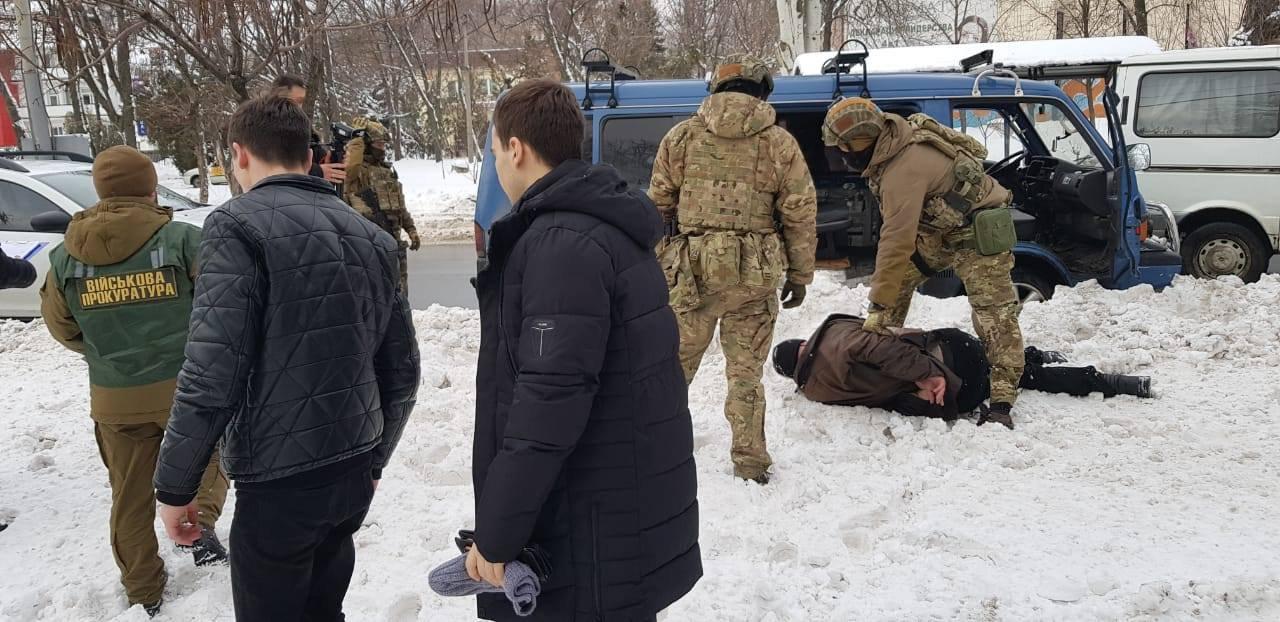 СБУ затримала чоловіка, підозрюваного в підготовці терактів на виборах