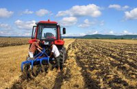 Керівництво Укрдержфонду фермерів підозрюють в організації корупційної схеми
