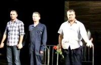 В Пореченкова во время спектакля бросили пистолет