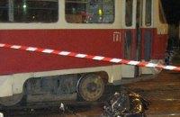В Харькове иномарка столкнулась с троллейбусом