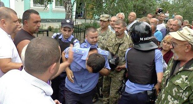 Поліцейський, затриманий за підозрою в причетності до смерті затриманого на Миколаївщині