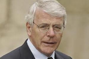 Мердока обвинили в давлении на правительство Великобритании