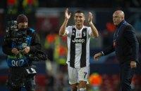 """""""Олд Траффорд"""" под скандирование Viva Ronaldo и овациями провожал Роналду с поля"""
