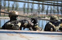 В Николаевской области на территорию арсенала бросили дымовую шашку