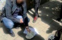 Во Львове адвокат задержан на $5 тысяч взятки прокурору